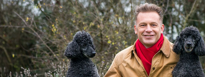 Chris Packham with Itchy and Scratchy